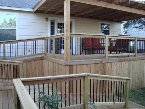 Cedar Deck with Wheelchair Access