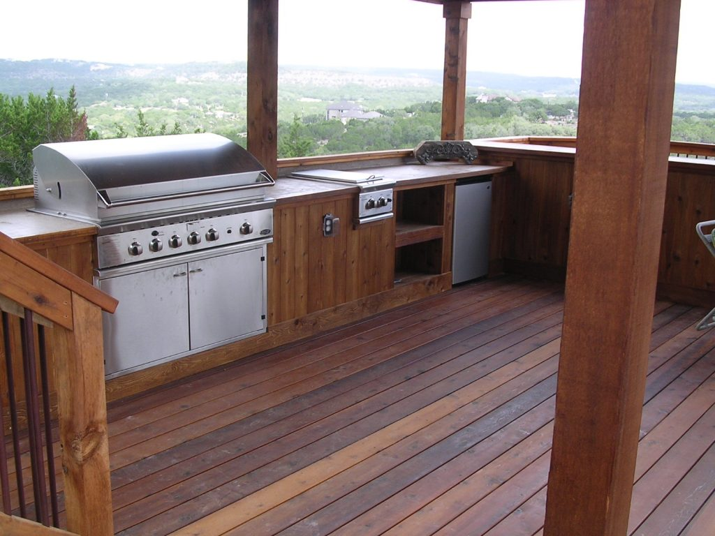 Closeup of Outdoor Kitchen