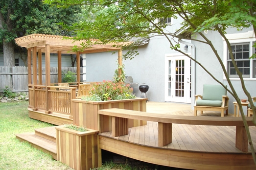 Curved Bench and Raised Planter on Ipe Deck